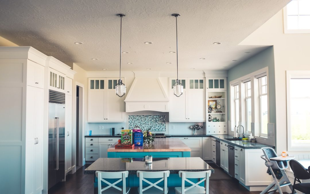 8 Beautiful Blues That Would Look Great On Your Kitchen Island